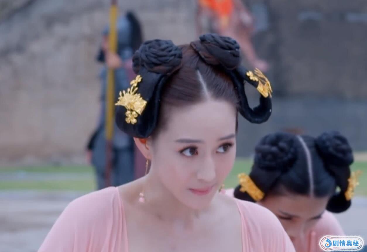 盘点武媚娘传奇中徐慧的十个发型,玉簪花配灵蛇髻,流苏冠太美了图片