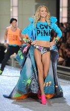 2011年维多利亚的秘密内衣时装秀怎么样