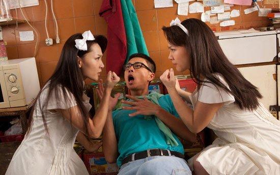 我爱HK开心万岁影片讲的什么?