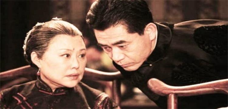 《大宅门》杨九红是怎么死的?