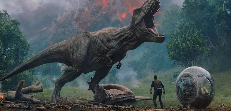 《侏罗纪世界》和《侏罗纪公园》有联系吗?